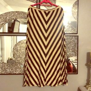 Chevron Maxi Skirt ✔️✔️✔️